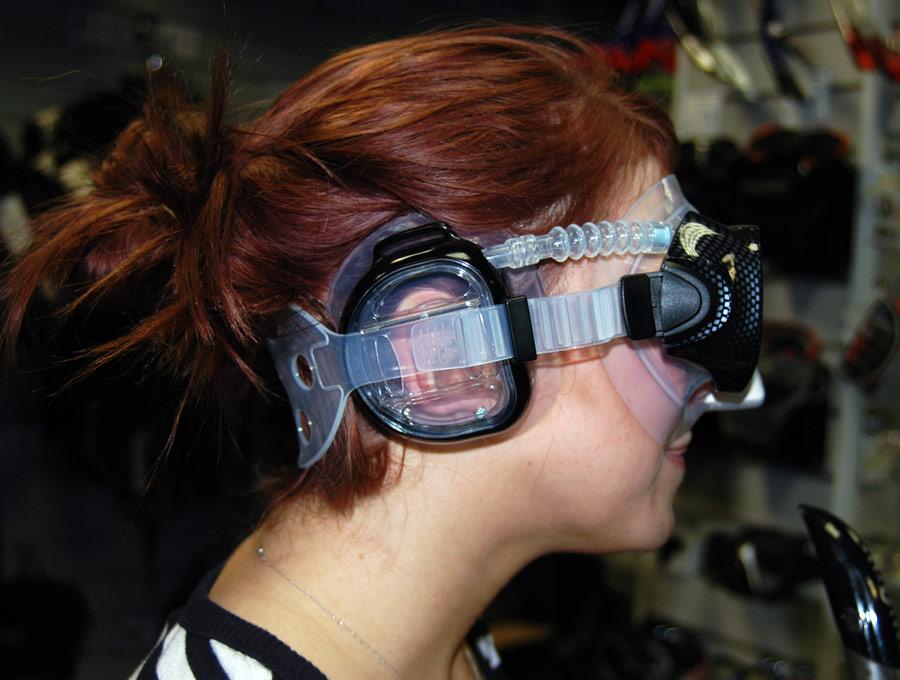 A diving face into riley nixon039s muff 10