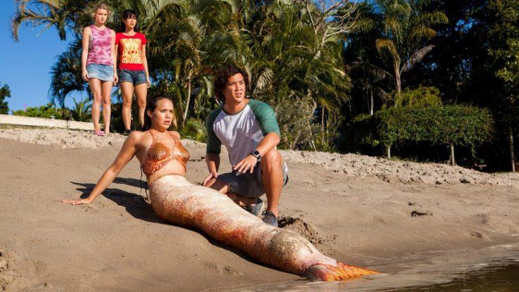 Name:  Mako-Mermaids-season-3-Episode-1-A-Visit-from-the-East-737x415.jpg Views: 1581 Size:  78.7 KB
