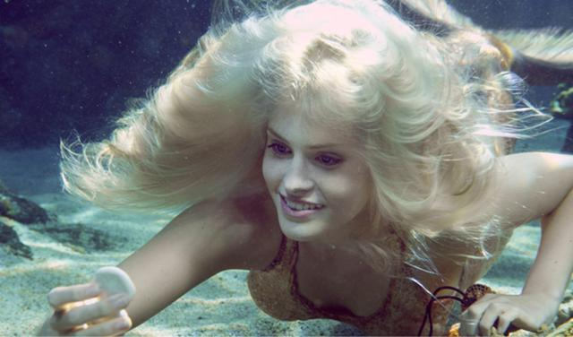 Name:  640px-Sirena_Underwater.jpg Views: 8261 Size:  33.8 KB