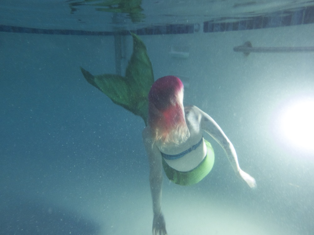 Name:  swimmingbackwards.jpg Views: 1512 Size:  129.9 KB