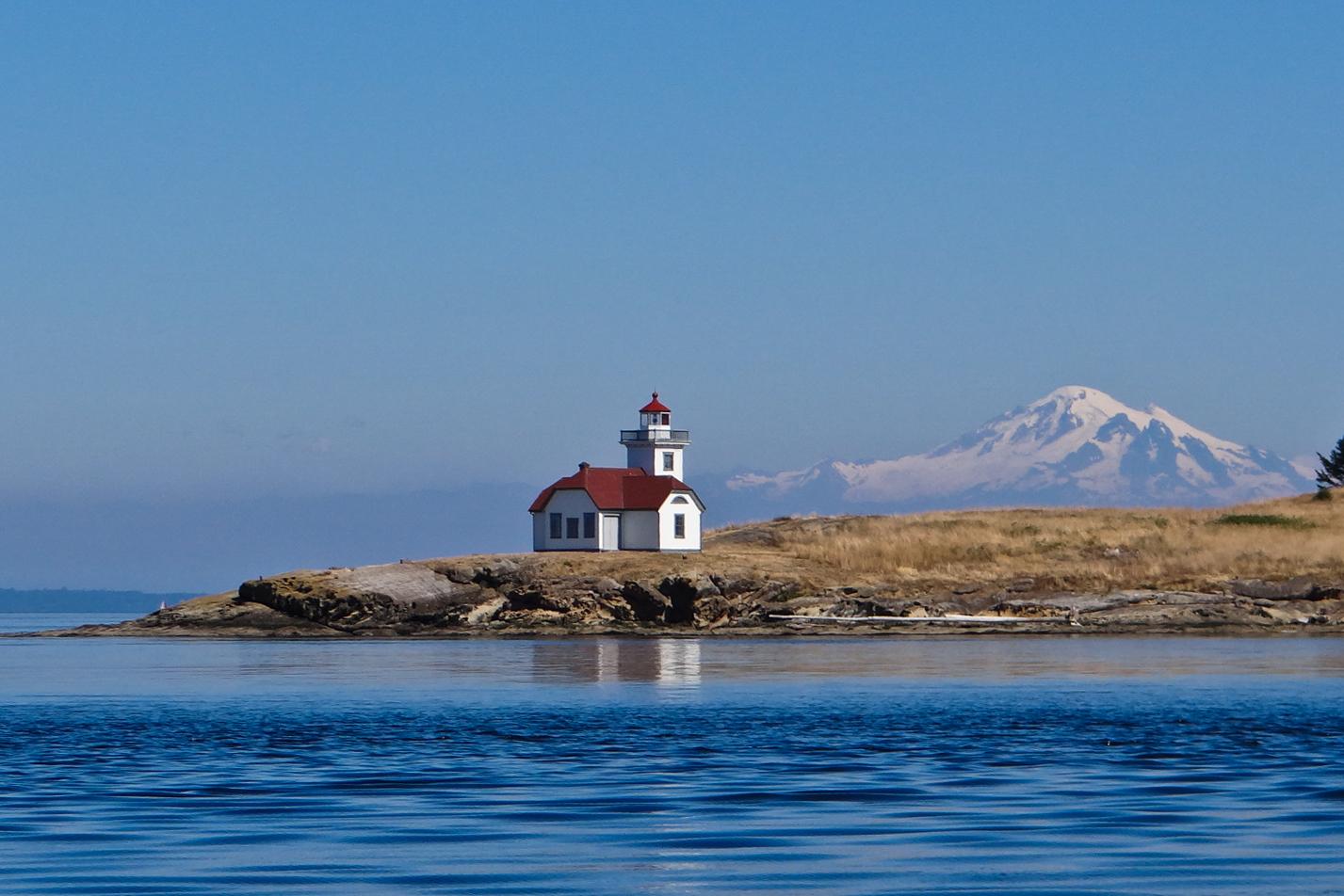 Name:  patos_island_light_photo_credit_-_tom_reeve.jpg Views: 889 Size:  818.1 KB