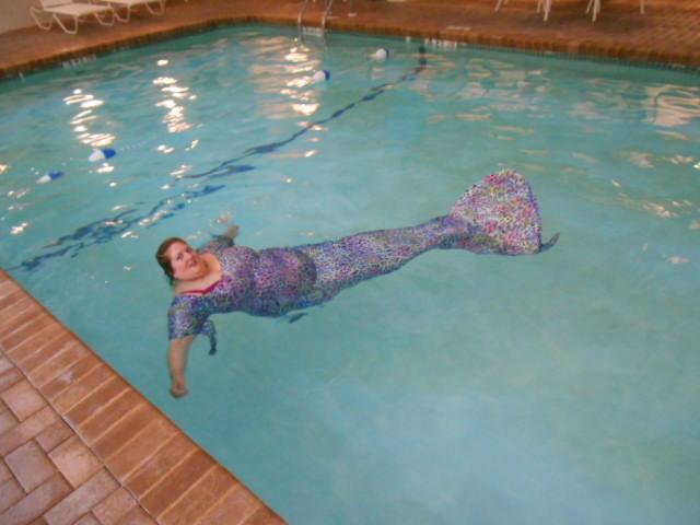 Name:  Honeymoon Swim Hampton Inn (5).JPG Views: 184 Size:  125.4 KB